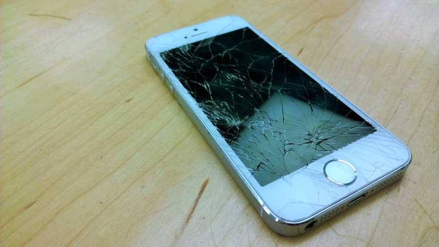 broken_iPhone-5s
