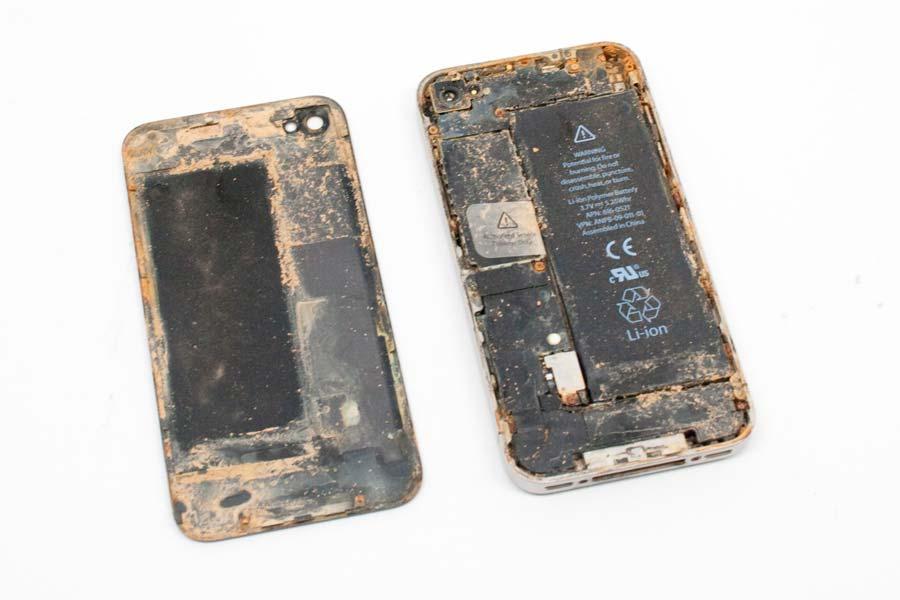 Фото: Чистка iPhone 6 после попадания воды