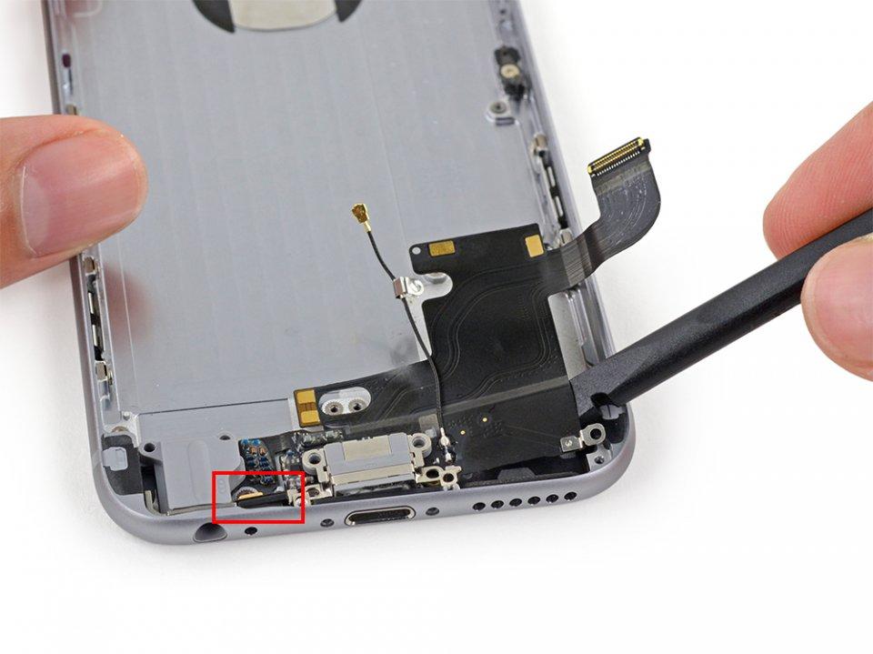 Фото: Замена микрофона iPhone 6