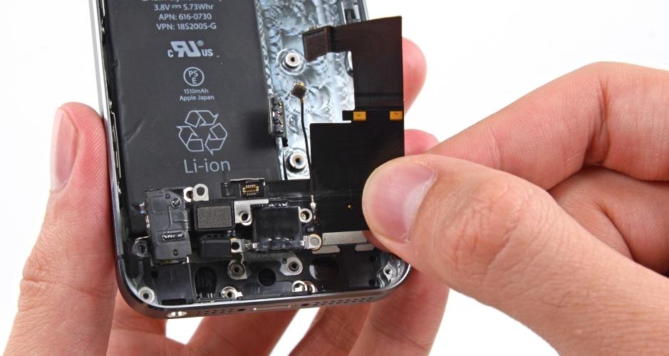 Фото: Ремонт входа для наушников iPhone 6