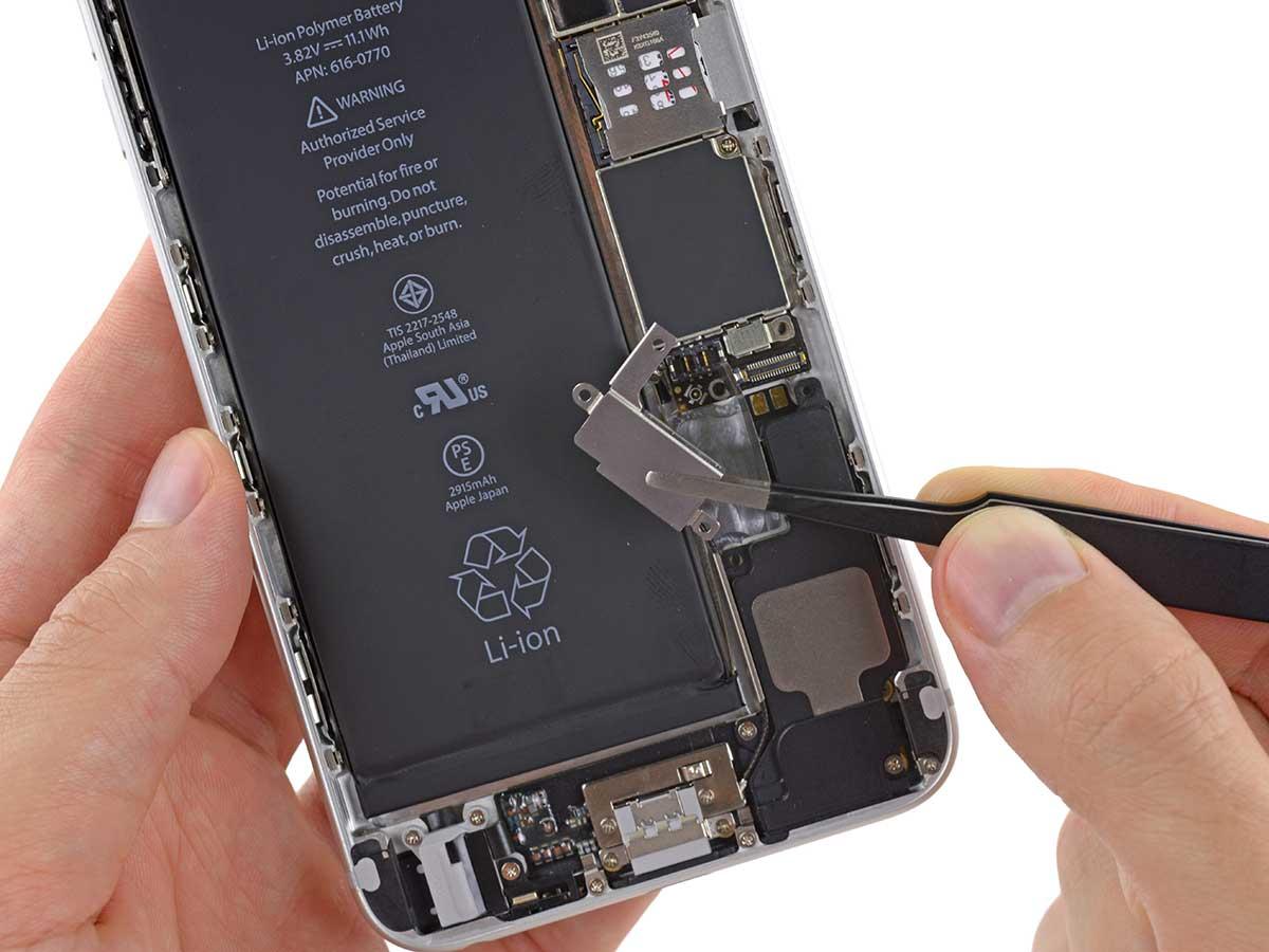 Фото: Замена вибромотора iPhone 6 Plus