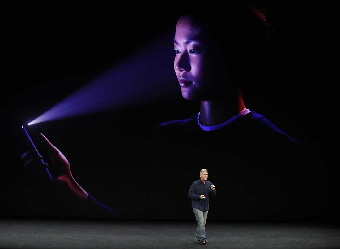 Фото: Сканер лица iPhone X