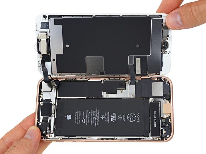 Фото: Замена задней крышки iPhone 8